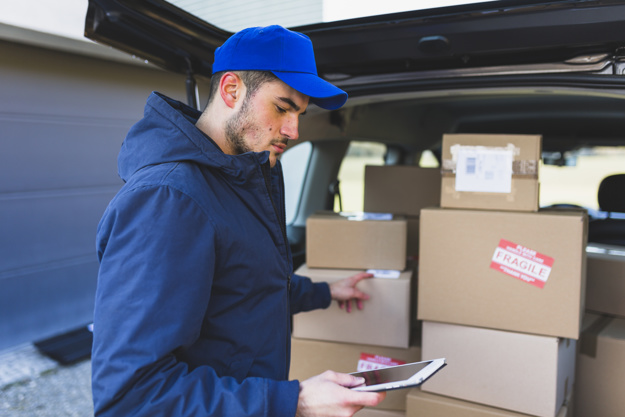 A Vuxx, primeira plataforma de logística urbana, oferece a melhor opção de entrega nas cidades. Saiba mais sobre a empresa e conheça o processo de entrega.