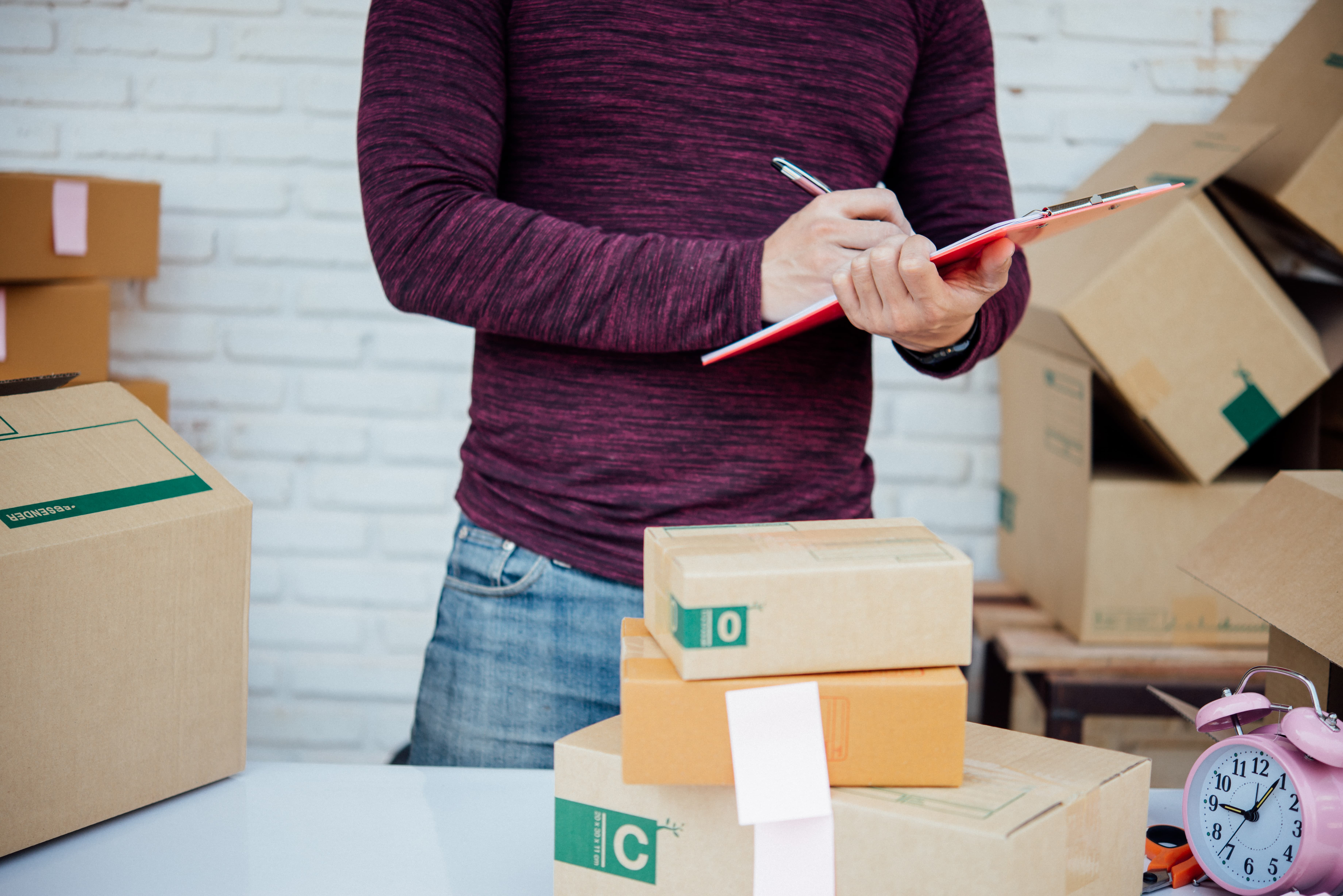 Para garantir investimentos em novas melhorias é preciso controlar os custos logísticos do seu negócio. Quer saber como? Confira em nosso post.